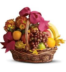 fruit delivery chicago fruit and gourmet baskets delivery chicago il la salle flowers