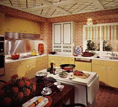 1970s kitchen design one harvest gold kitchen decorated in 6