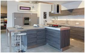 cuisines cuisinella cuisinella wooden des rangements paisseur et un lot de