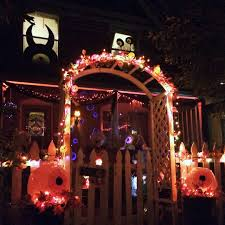 outdoor halloween decorating the year of living fabulously