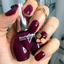 manicure monday sangria nails with bootie polish vegan
