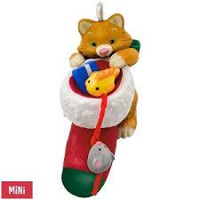 2017 kitten hallmark miniature ornament hooked on