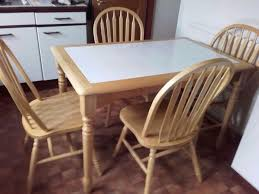 White Tile Top Pine Kitchen Table And  Sturdy Curved Back Pine - Pine kitchen tables and chairs