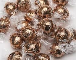 lindt lindor fudge swirl milk u0026 white chocolate truffles christmas