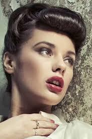 1940s bandana hairstyles 1950s hairstyles with bandana love vintage hairstyles pinterest