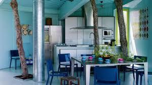 cuisine bois peint cuisine bleu et taupe