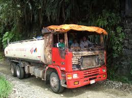 red volvo truck file petrol truck bolivia jpg wikimedia commons