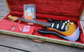 fender stevie vaughan stratocaster srv 1998 all