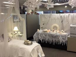christmas decorating ideas for office space office cubicle decor