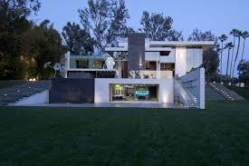 Eco Friendly Interior Design Eco Friendly Modernist Luxury Mansion In Beverly Hills