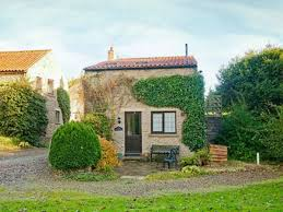 holiday cottages to rent in scarborough cottages com