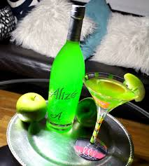 green apple martini recipe you u0027ll want to serve this alizé apple appletini all summer long