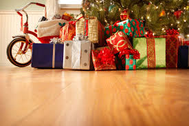 Christmas Tree Shopping Tips - tips to save money on holiday shopping reader u0027s digest
