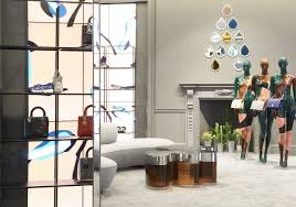 Home Design Stores London by Dior U0027s New Pop Up Store Opens In London Pursuitist In