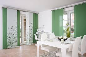 schiebegardinen kurz wohnzimmer schiebegardine raumtrenner und sonnenschutz teba