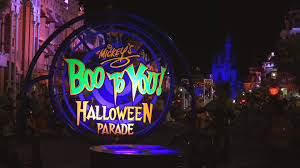 scary halloween sign 2015 boo to you parade highlights mickey u0027s not so scary