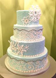 winter wedding cakes winter wedding cake girl cupcakes