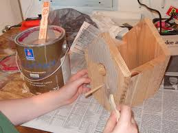 build a birdhouse in 7 easy steps