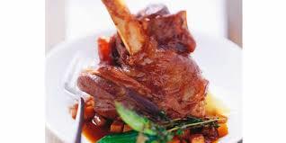 cuisiner une souris d agneau souris d agneau braisée et carottes au miel recettes femme actuelle