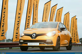 renault christmas ausmotive com renault clio rs 200 edc here in time for christmas