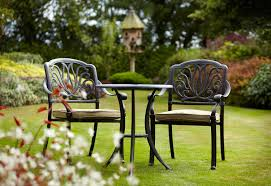 Garden Bistro Table Choosing The Right Garden Bistro Sets Decorifusta
