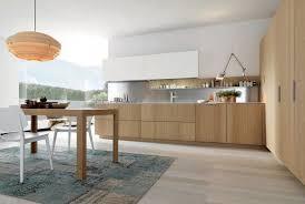 cuisine rectangulaire design interieur cuisine moderne bois chêne tapis table