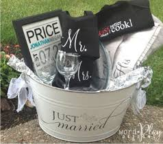 wedding gift basket best 25 wedding gift baskets ideas on bachelorette