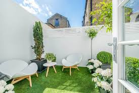 adorable design ideas for your small courtyard 17 adorable design ideas for your small courtyard you ve modern
