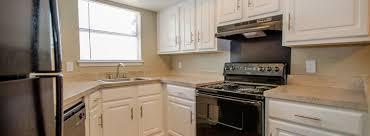 Kitchen Cabinets Dallas Tx Dallas Tx Bayou Bend Floor Plans Apartments In Dallas Tx