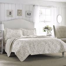 Cotton Quilted Bedspread Quilted Bedspreads King Size Rustic Quilt Set Moose King Size