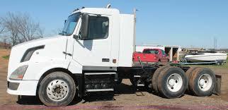 2015 volvo semi 2005 volvo vnl semi truck item h1569 sold april 21 truc