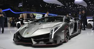crashed lamborghini veneno six reasons why the lamborghini veneno is still ultra cool
