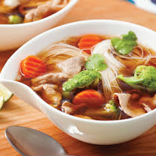 cuisine asiatique recette soupe asiatique au boeuf et légumes soupers de semaine recettes