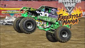 grave digger 30th anniversary monster truck monster jam freestyle gravedigger gets youtube