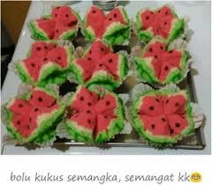 cara membuat bolu kukus empuk dan enak resep membuat bolu kukus semangka lembut empuk buku masakan buku