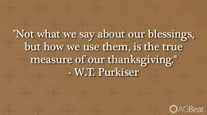 10 thanksgiving quotes as pictures to share on your social
