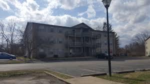 1 Bedroom Apartments Bloomington In College Apartments In Bloomington College Student Apartments