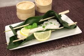 comment cuisiner l esturgeon recette papillotes d esturgeon en feuille de bananier au lait de