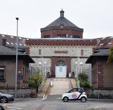 Staatsanwaltschaft Baden Baden Dänemark Polizei Sucht 20 Fachen Gefängnisausbrecher Welt