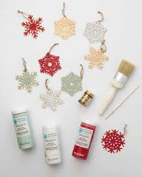 vintage looking snowflake ornaments craft paint decor crafts