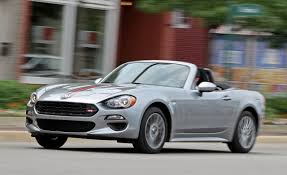 fiat 124 spider reviews fiat 124 spider price photos and specs