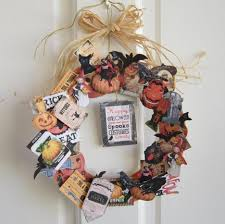 How To Make Halloween Wreaths by Tantalizing Outdoor Halloween Decoration Completes Picturesque