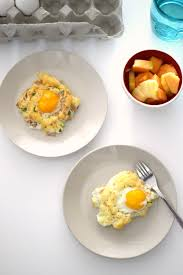 cloud eggs a low carb breakfast alternative sofabfood
