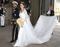 gorgeous wedding dresses see swedish princess sofia s gorgeous wedding dress whowhatwear