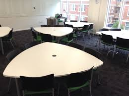 lecture tables and chairs learning at city new learning spaces at the franklin building
