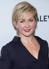 back view of amy carlson s hair amy carlson photos photos 2nd annual paleyfest new york presents