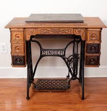 Singer Sewing Machine Desk Antique Singer Sewing Machine Cabinet Ebth