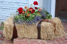 Fall Hay Decorations - 23 front porches with fall flowers