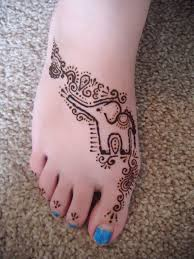 beautiful henna tattoo design for foot urdumania