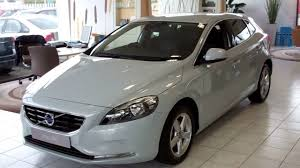 v40 d2 se manual in misty blue charcoal interior 16